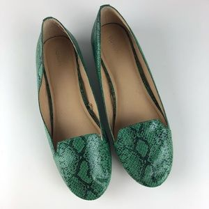 Old Navy Snakeskin Loafers - Size 7